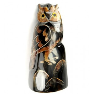 Statuette made of buffalo horn - Big Owl