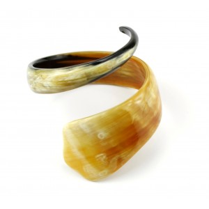 Light natural Horn Bracelet - Large Unrolled Cobra